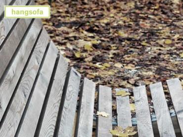 titel-natuerliche-vergrauung-laerche-liegewelle-stadtmoebel-holz