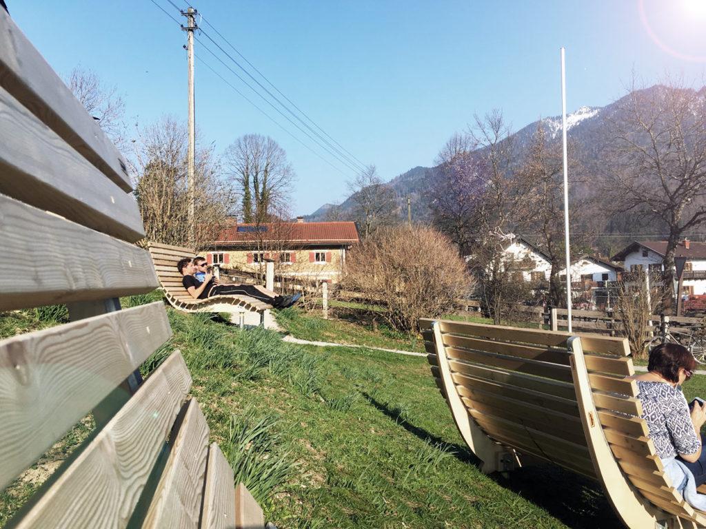 hangsofa-hostel-bergblick