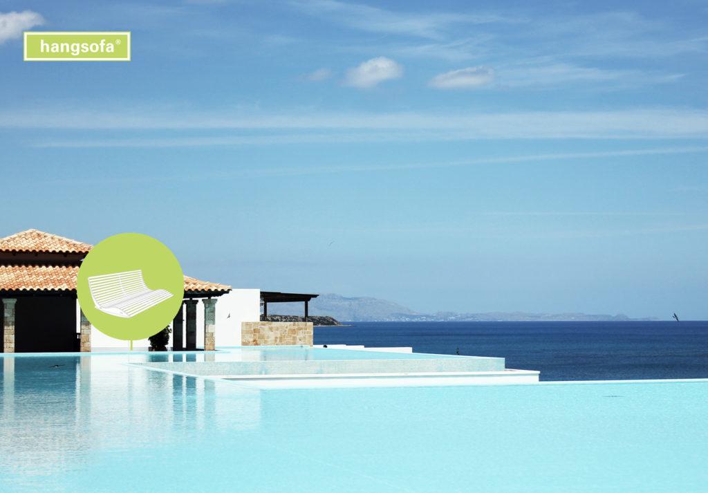Hotelliege am Schwimmbad
