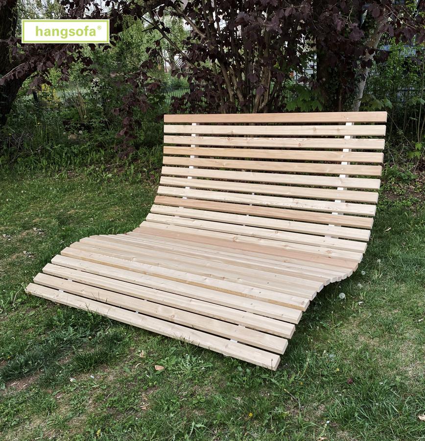 Große Holzliege von hangsofa
