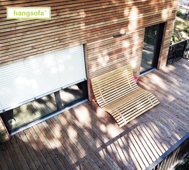 Waldsofa auf der Terrasse